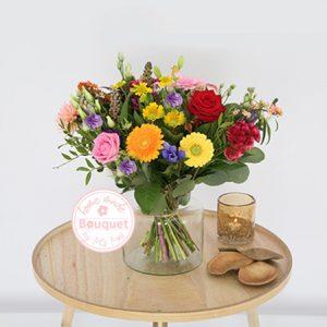 Bont classic bloemetje boeket