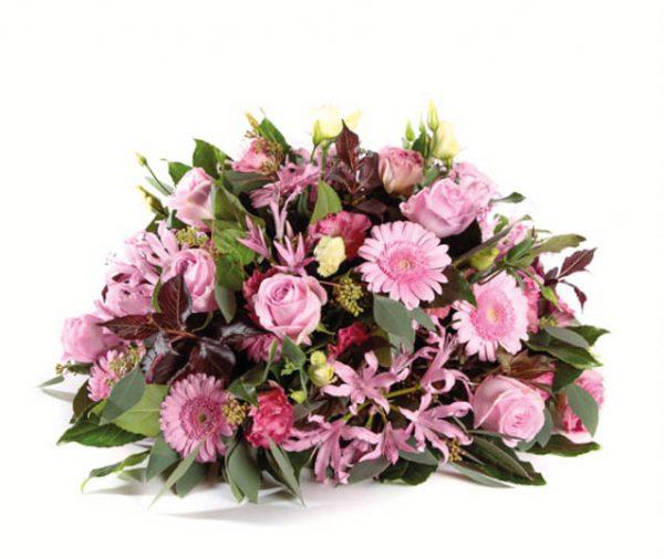 Rouwstuk roze rozen