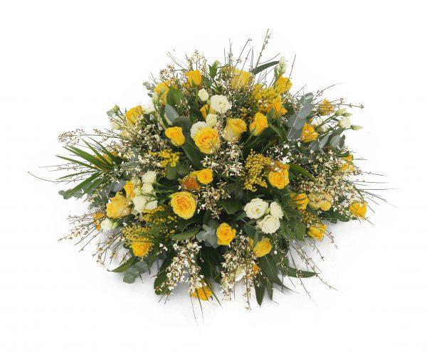 Rouwbloemwerk geel bloemetje kl
