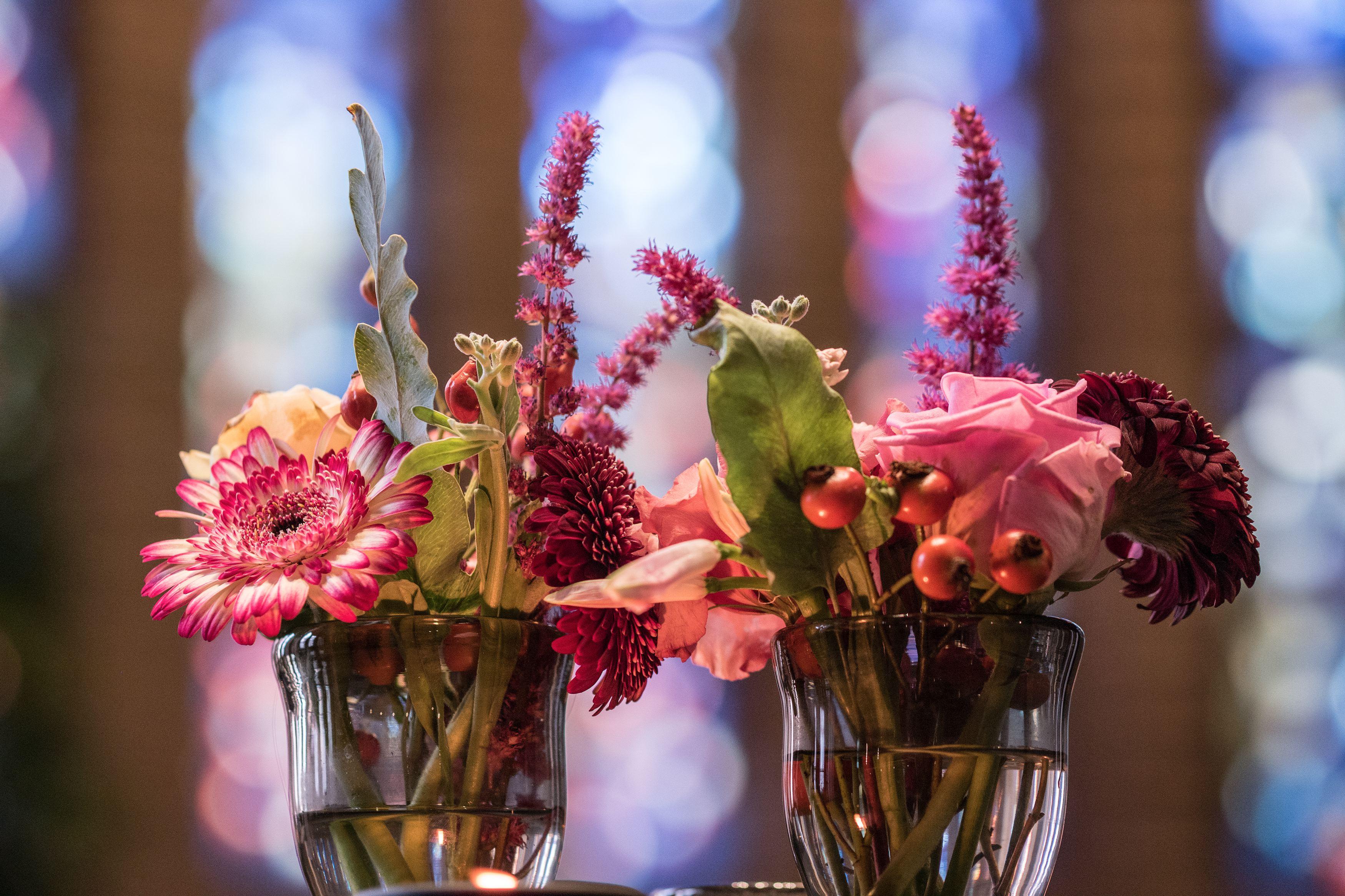 Met bloemen & planten creëert u een METAMORFOSE van uw bedrijf of kantoor.